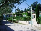 self-catering rental swimming pool saint remy de provence