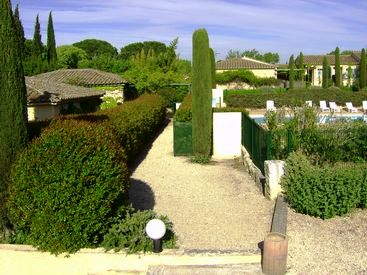 self-catering rental in provence : les jardins de Fontanille